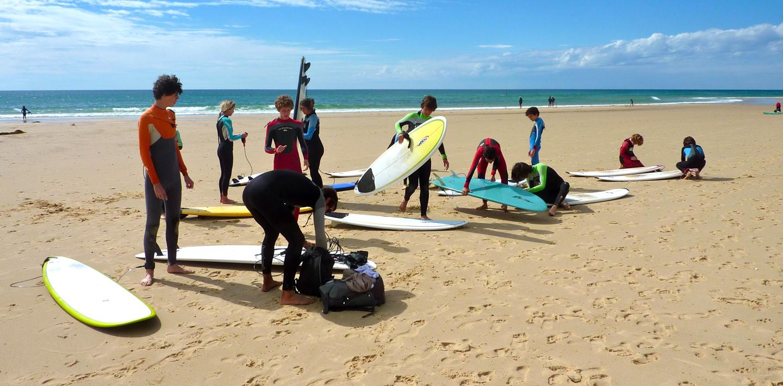 Cours de surf collectifs ou individuels à Moliets